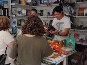 Firma de ejemplares de WILDE ENCADENADO en la Feria del Libro de Segovia